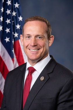 Ted_Budd_official_portrait,_115th_Congress